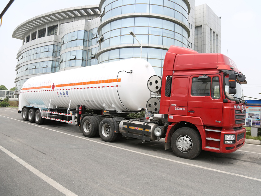 Cryogenic Liquid Lorry Tanker